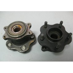R32 GTST RB20DET 5 STUD REAR HUBS PAIR | Home | Gearbox & Differental | Brakes | Driveshaft & Axles